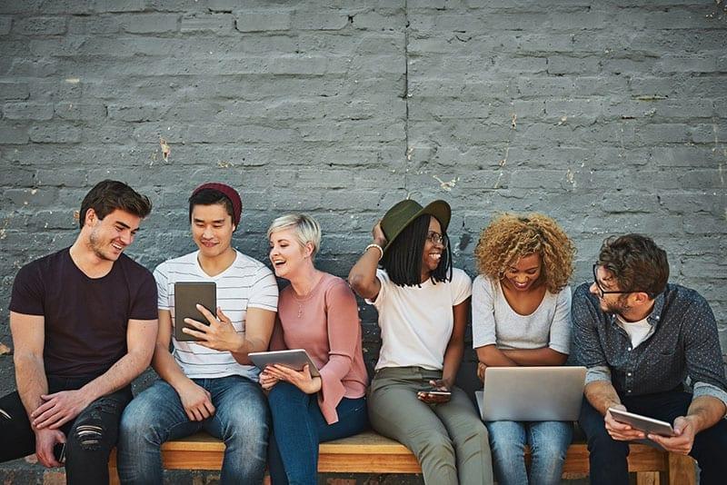 Millennials Texting Messaging